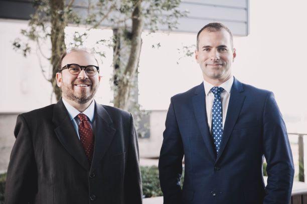 Dois escritórios de advocacia da Serra selam aliança estratégica