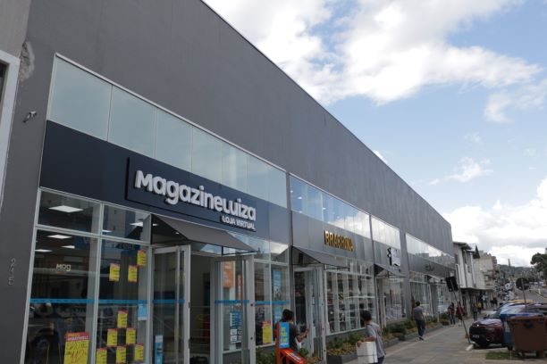 Serra ganha boulevard com 26 operações comerciais