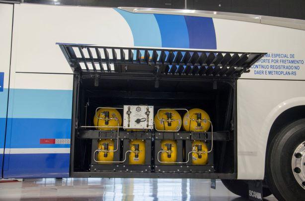 Começa a rodar no RS o 1º ônibus rodoviário brasileiro para fretamento movido a GNV