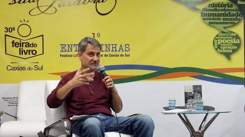 Poeta Dinarte Albuquerque Filho é escolhido patrono da Feira do Livro 2020