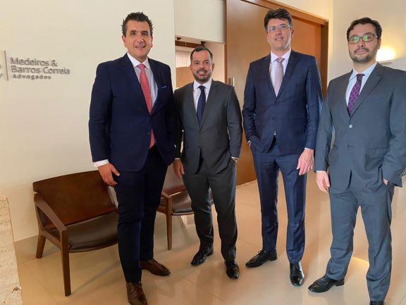 Escritório de Caxias do Sul sela aliança estratégica com banca de advogados de Brasília