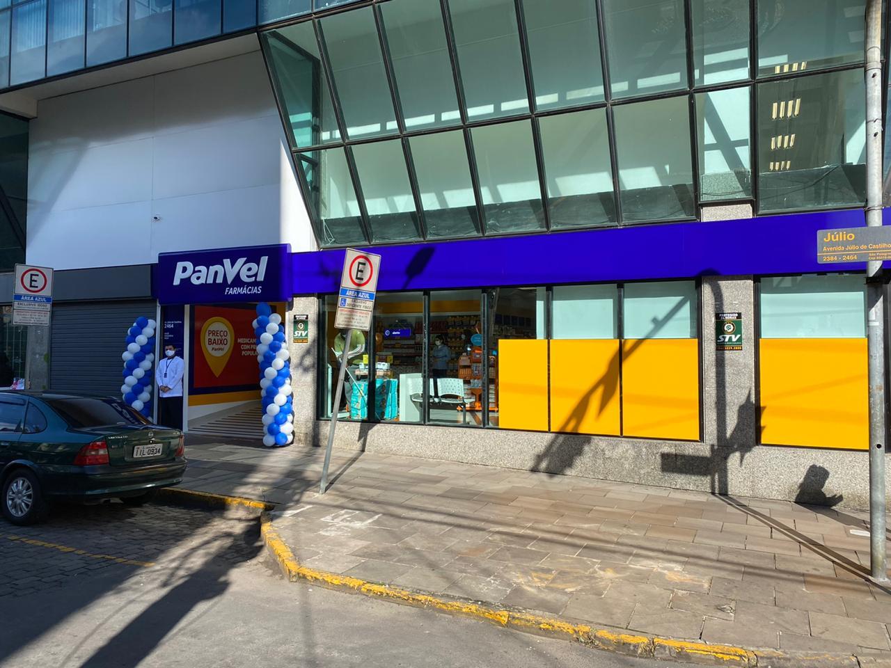 Panvel abre 15 vagas para farmacêuticos na Serra