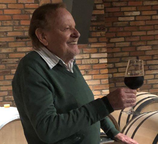 """""""A crise será superada e os negócios irão prosperar"""", diz empresário que abriu vinícola no Vale dos Vinhedos"""