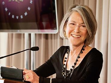 Nobel de Literatura vai para poeta norte-americana